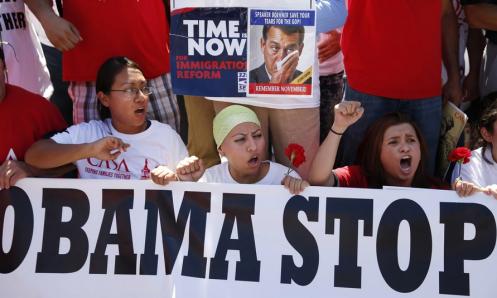 ObamaProtestWomen